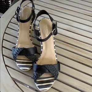 Sperry sexy leather upper sandals size 9M